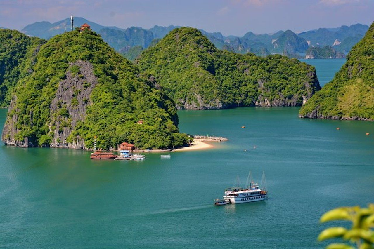 Halong Bay Castaway Tour