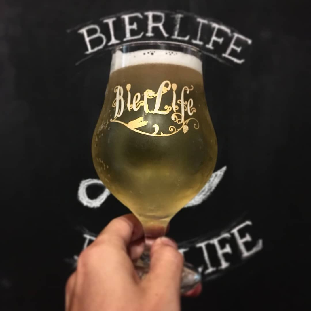 Hand holding beer from Bierlife in Buenos Aires, Argentina