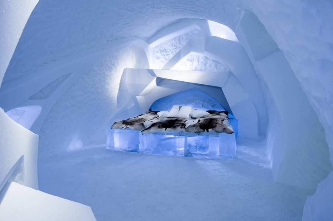 Room inside an ice hotel