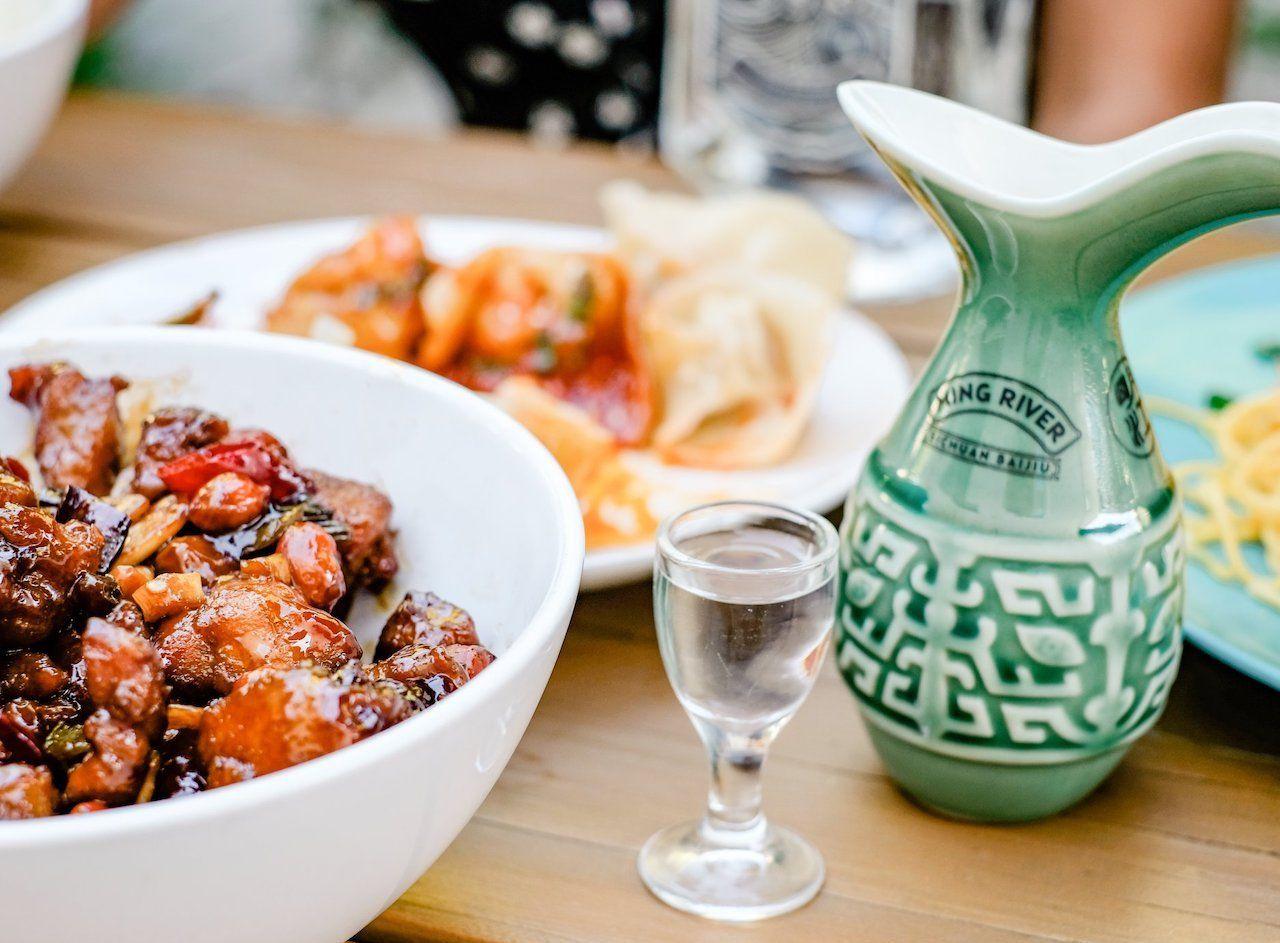 Ming River baijiu and chinese food