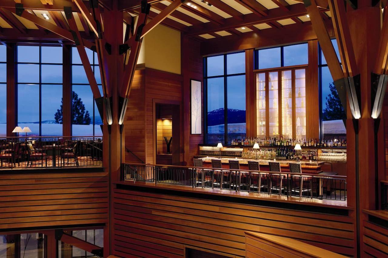 The best hotel bars for après-ski
