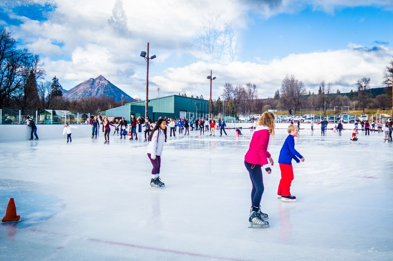Siskiyou Ice Rink in Redding, CA