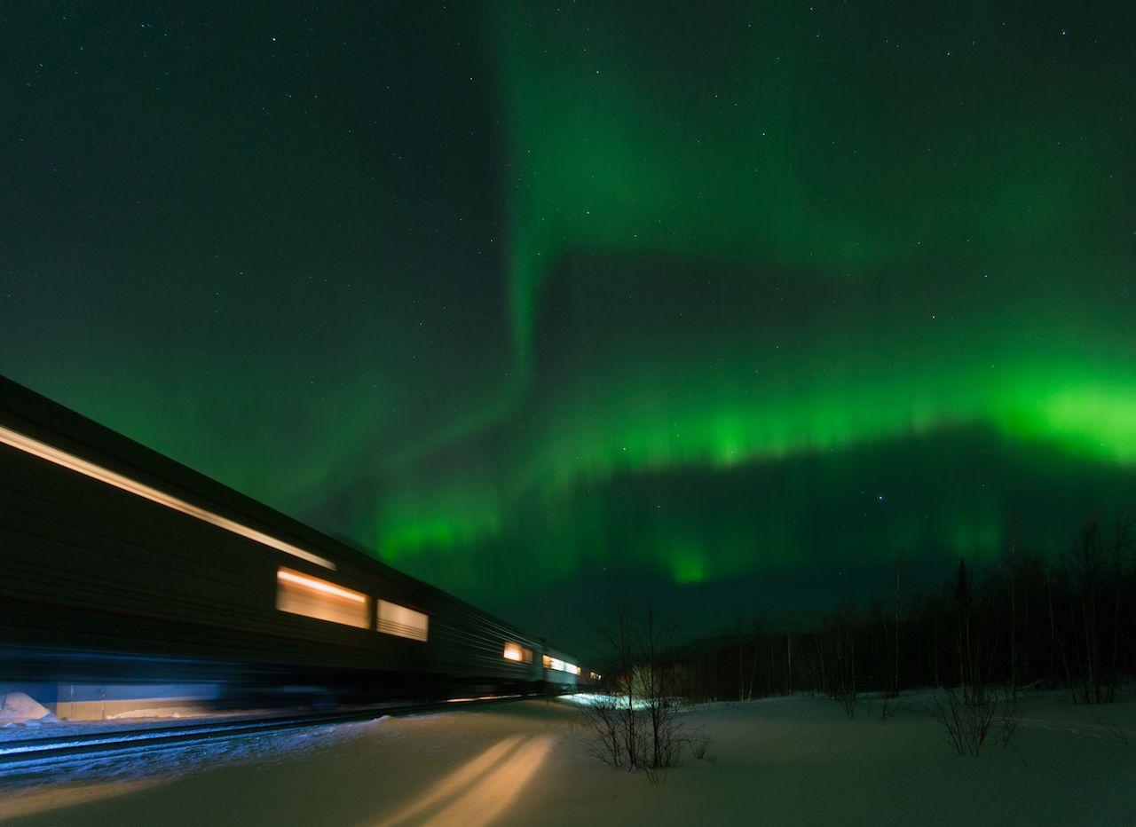 Alaskan northern lights train trip