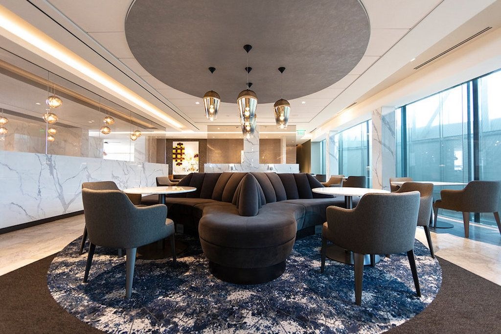 United Polaris Lounge, Houston, TX