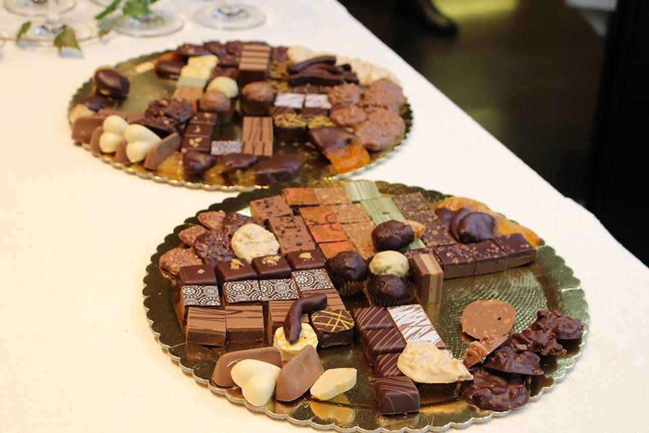 Vestri Cioccolato truffles on a golden platter