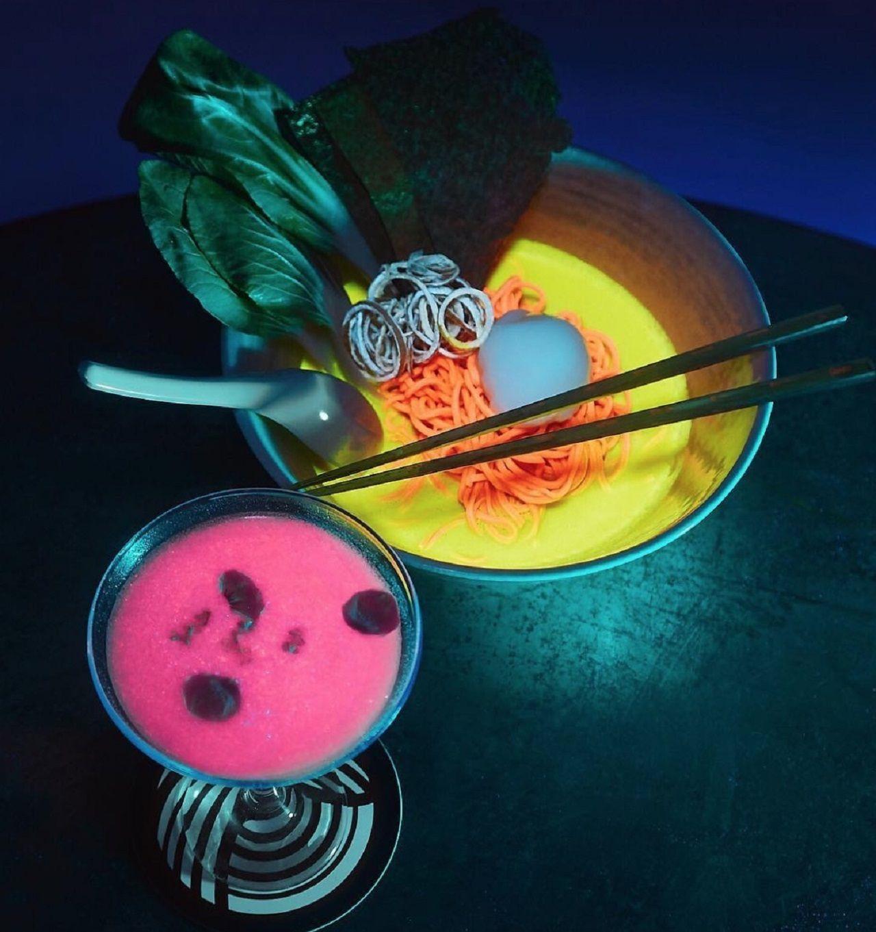 Glow-in-the-dark ramen shop