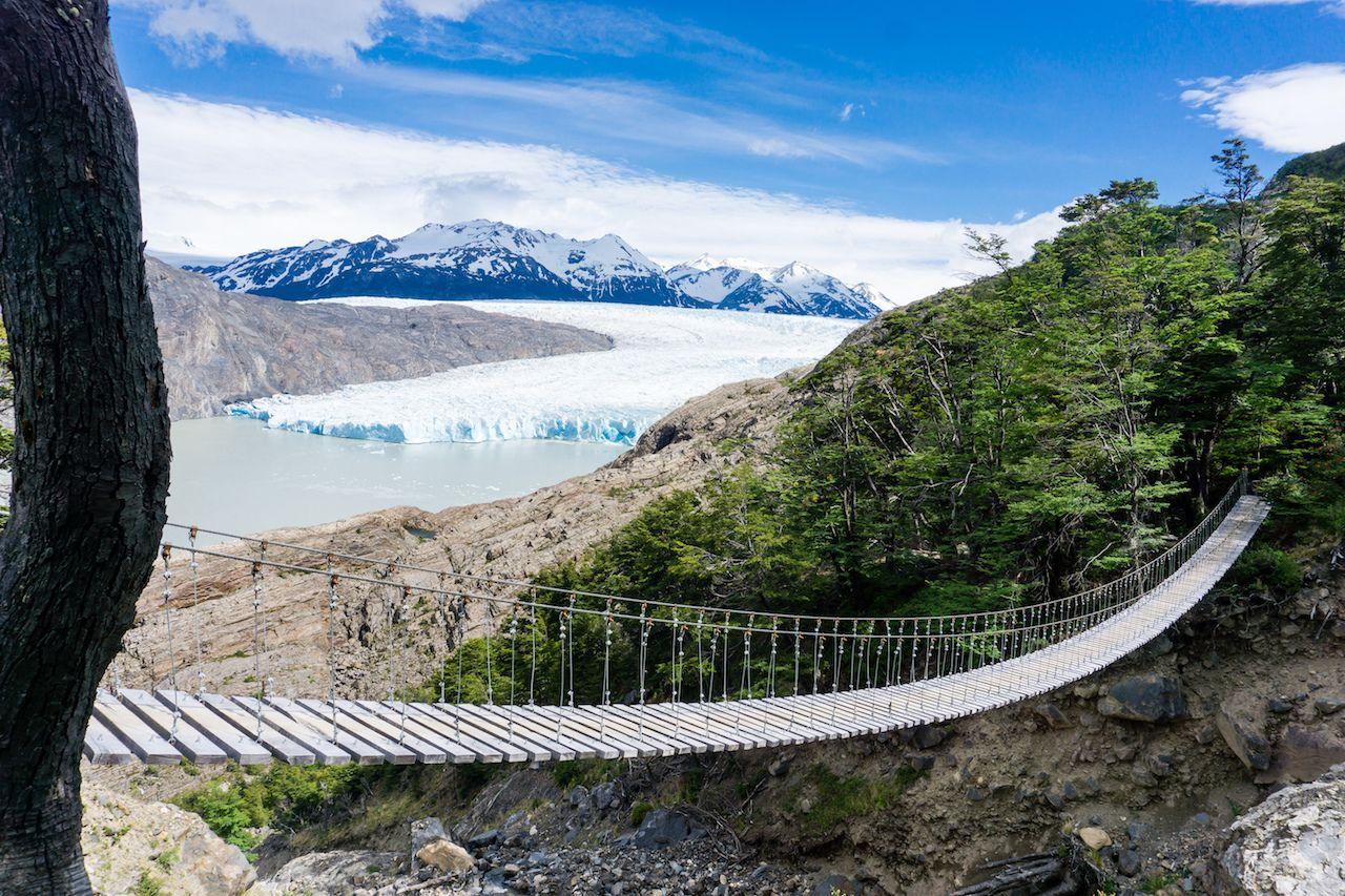 Hiking north of Glacier Gray