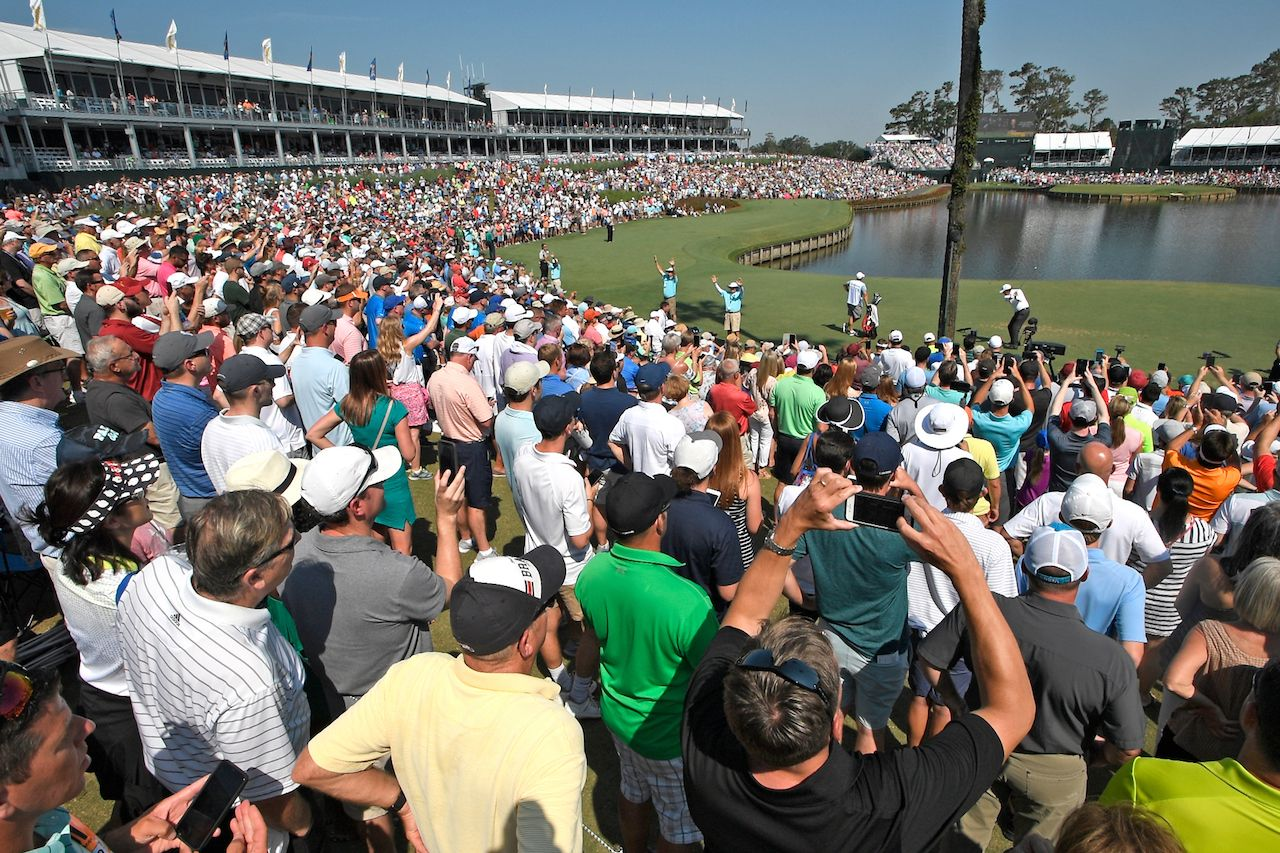 Hole seventeen at The Players Championship with golf spectators