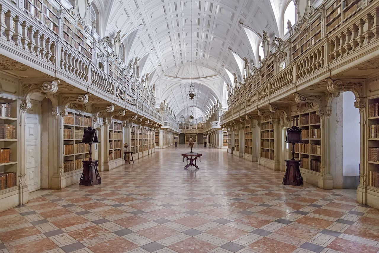 Library of the Mafra National Palace