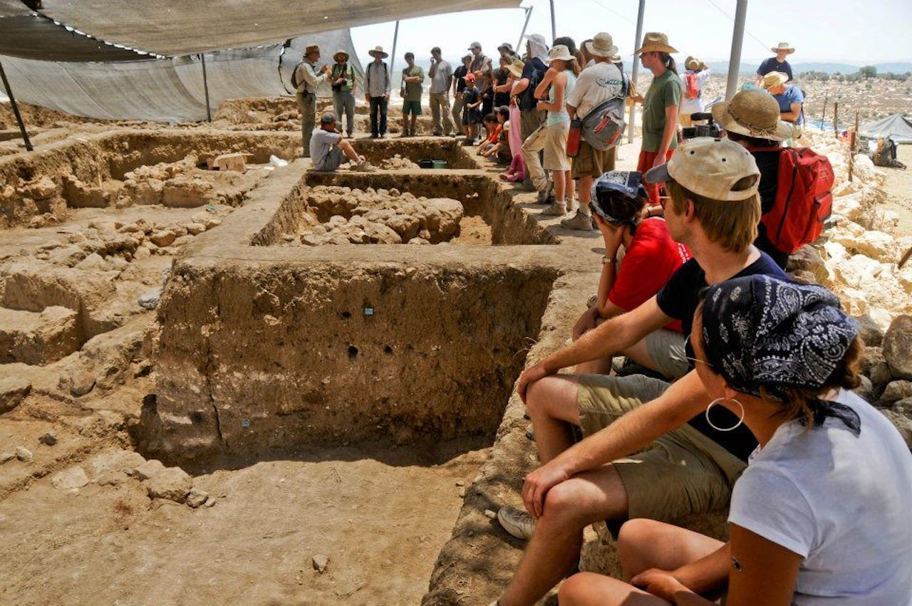 People at Tell-es-Safi:Gath Archaeological Project in Israel