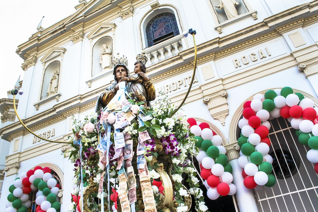 Procession of the traditional feast dedicated to Our Lady of Achiropita in Bixiga, Sao Paulo