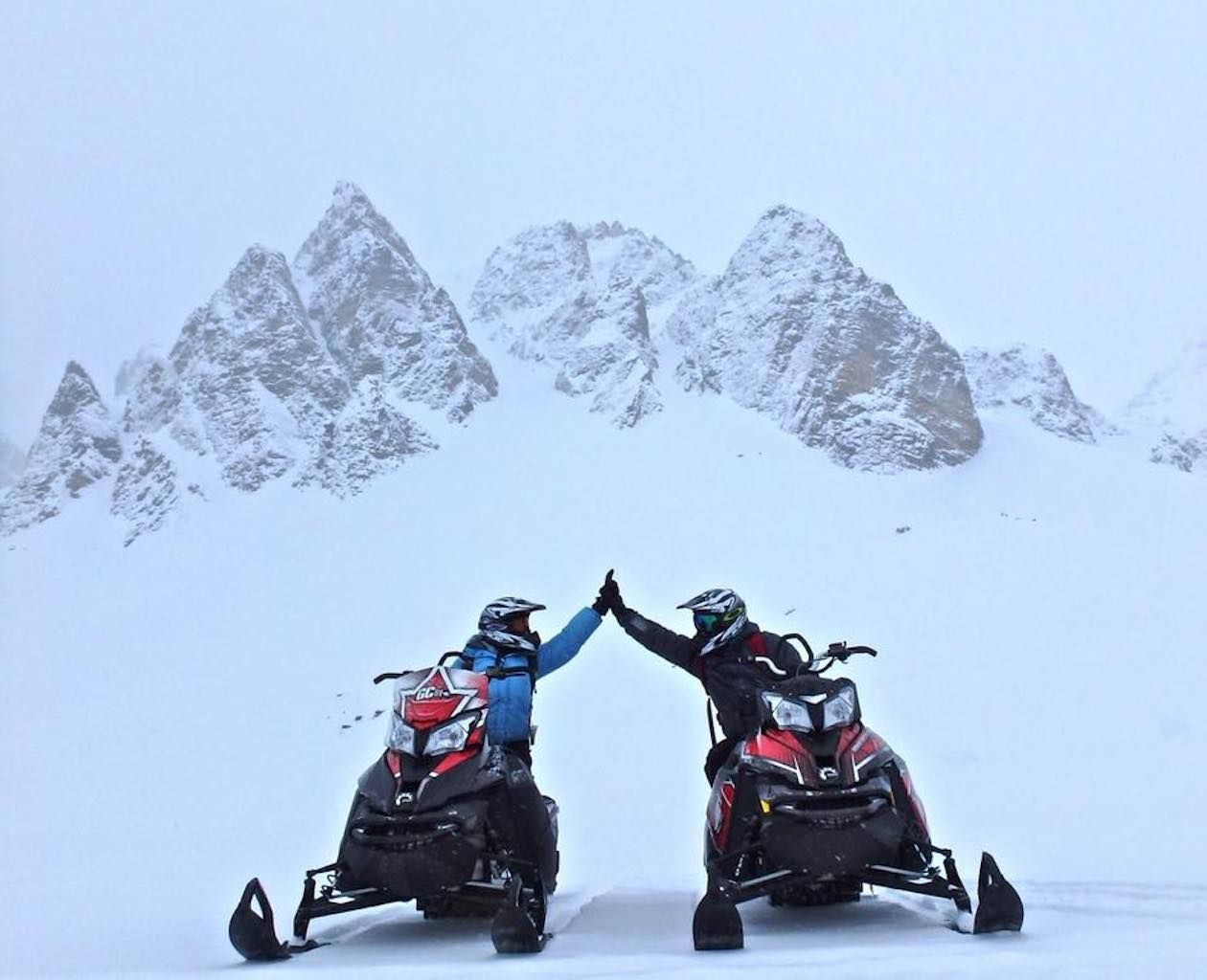 Rocky Mountain Riders Snowmobile Tours and Rentals