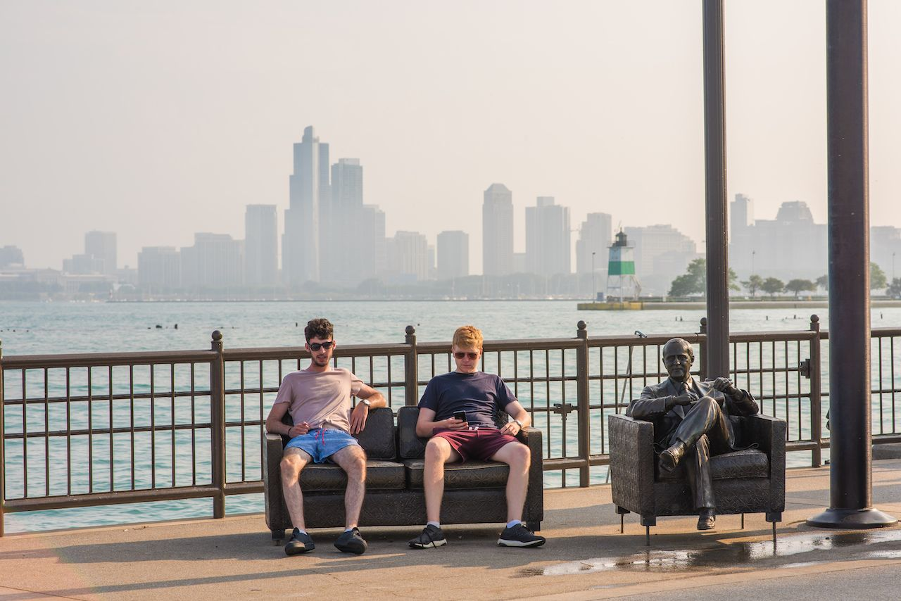 How to make friends in Chicago