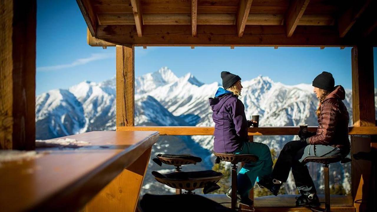 Ski resorts and apres ski in BC