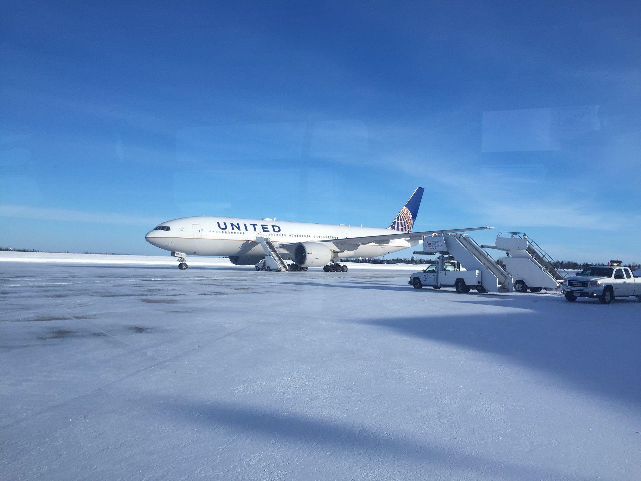 Passengers stranded for 16 hours