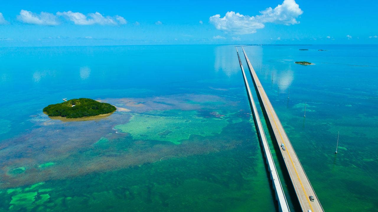 7 Seven Miles bridge in Florida