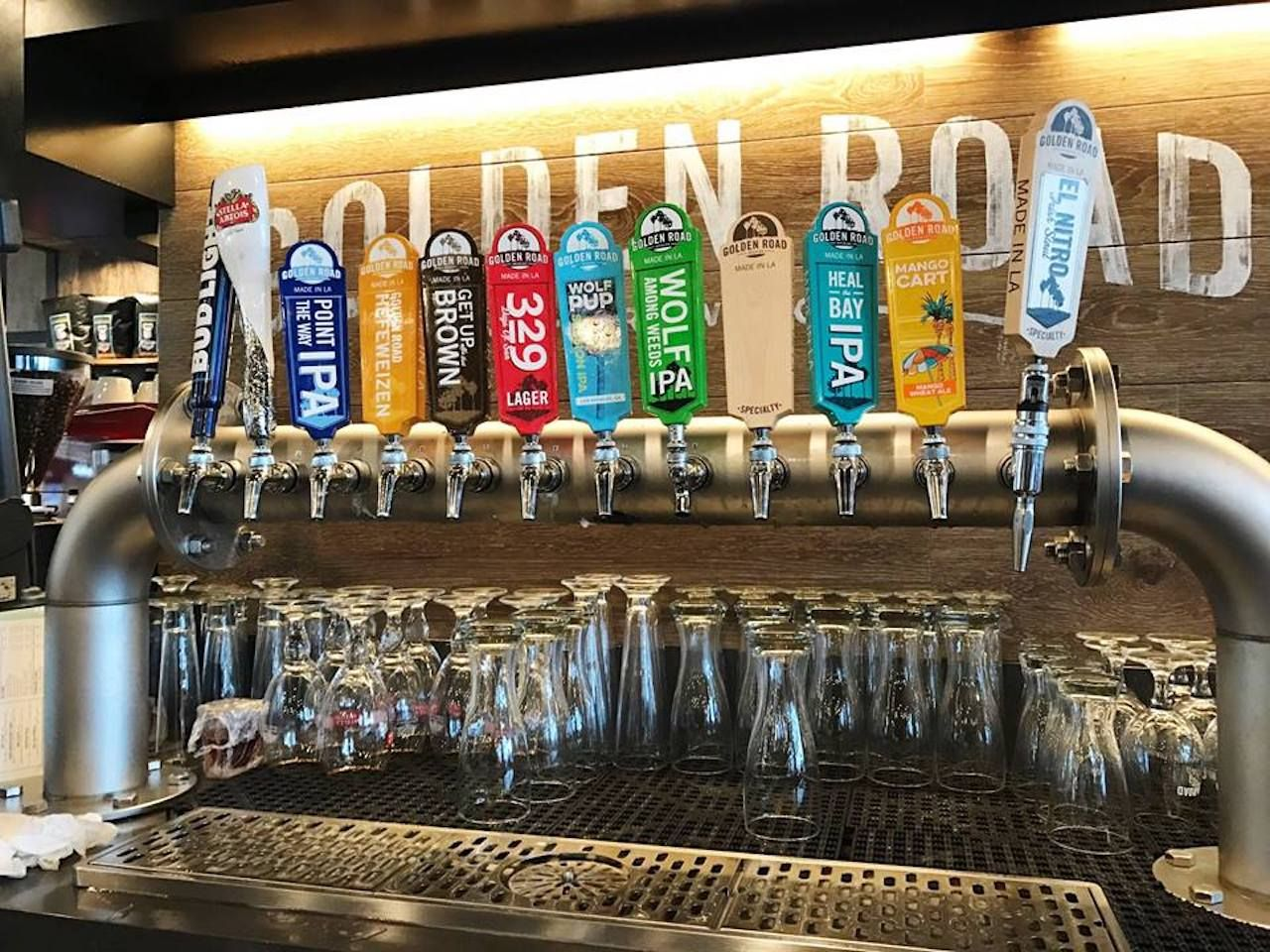 Beers on tap at an LAX bar