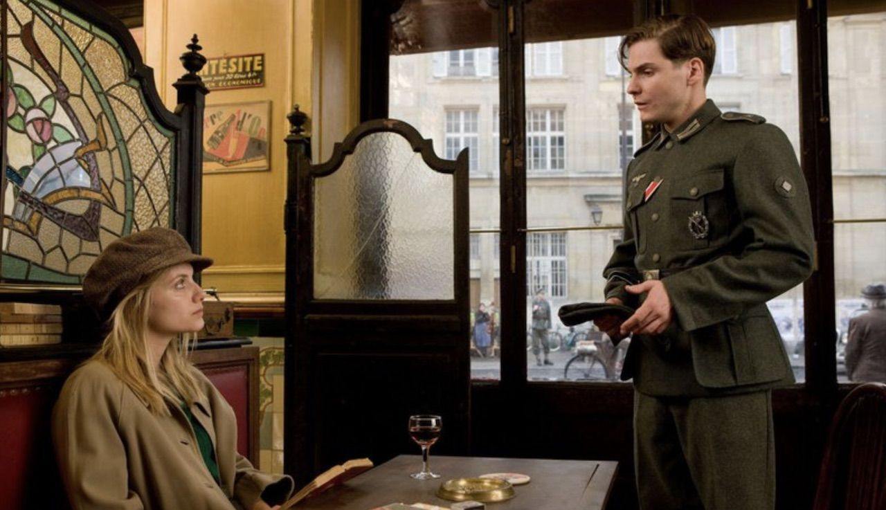 Bistrot La Renaissance in Paris from Inglourious Basterds