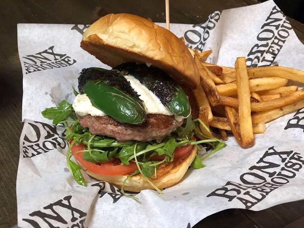 Bronx Alehouse burger