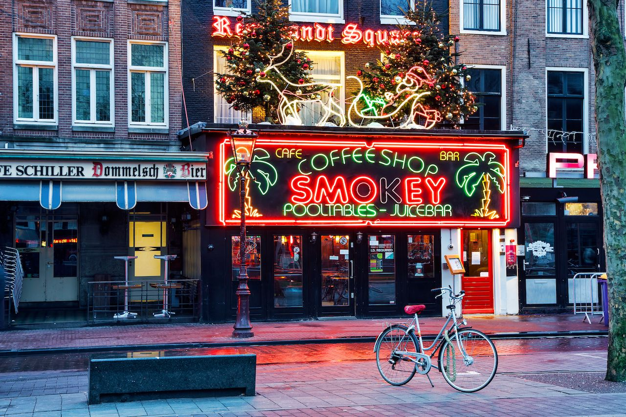 Coffeeshop Smokey is a cannabis coffee shop located on the biggest square in Amsterdam