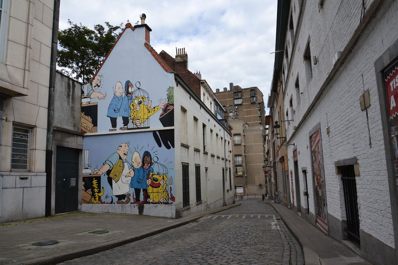 Comic book street art in Brussels
