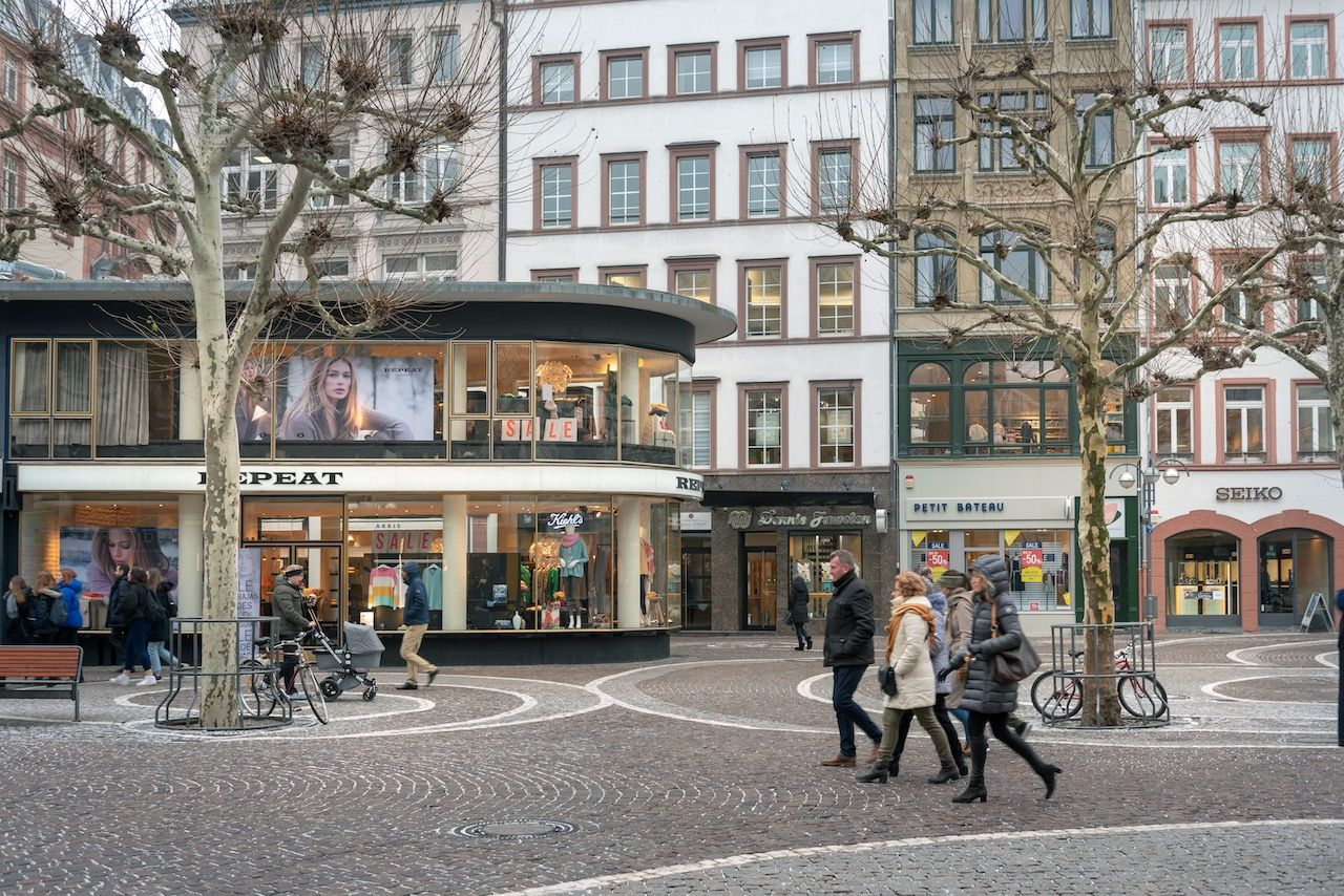 Famous shopping malls in Frankfurt, Germany