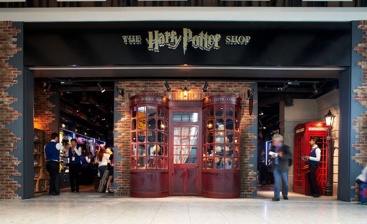 Harry Potter shop at Heathrow airport