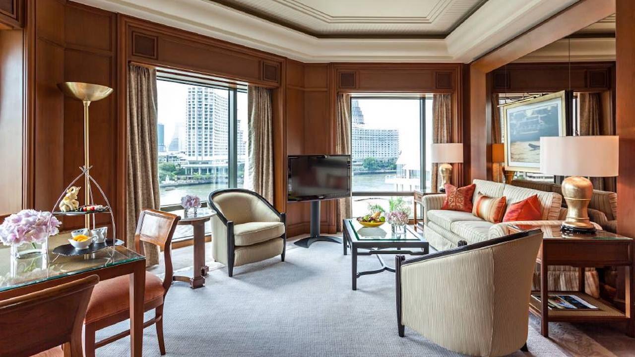 Hotel room at the Peninsula in Bangkok, Thailand