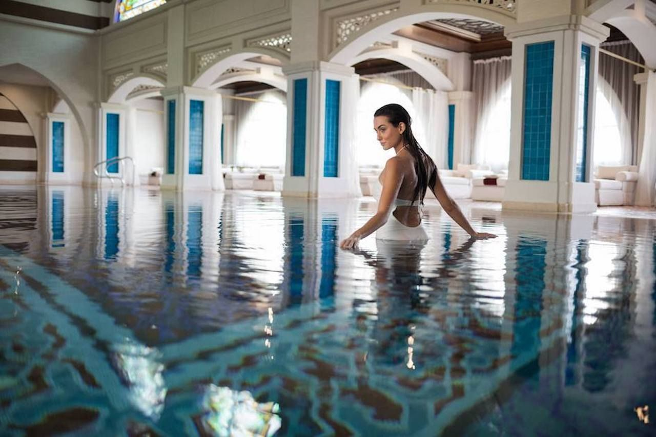 Woman in the pool at the luxury Jumeirah spa
