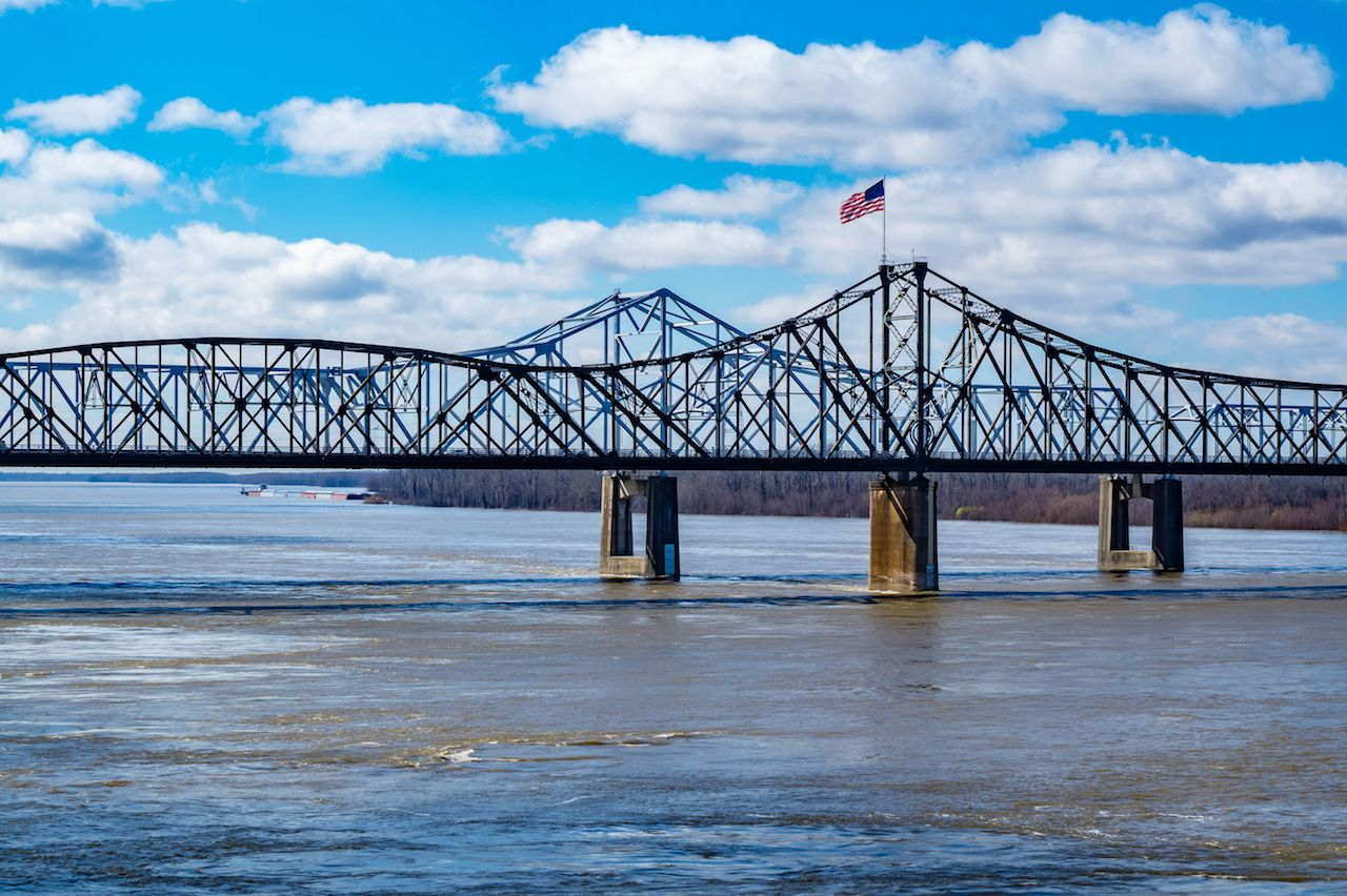 Old Vicksburg Bridge crosses the Mississippi River on the Mississippi and Louisiana border