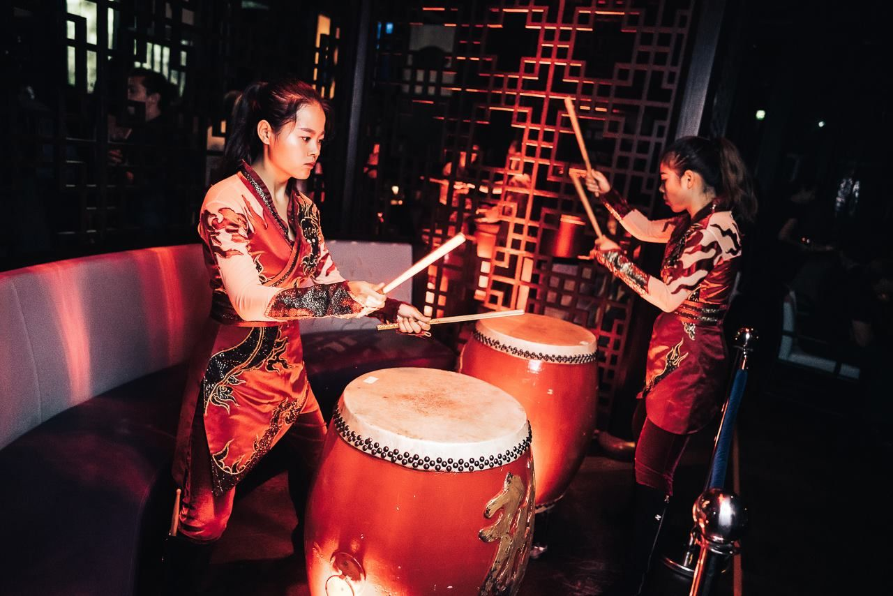 People playing instruments at Hakkasan in Dubai
