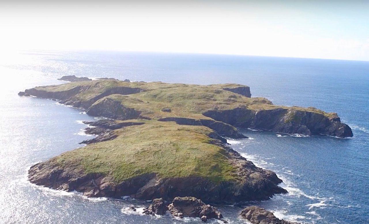 Star Wars-like Irish island for sale