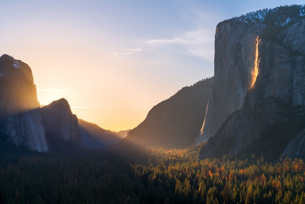 "Yosemite's ""firefall"" on in February"