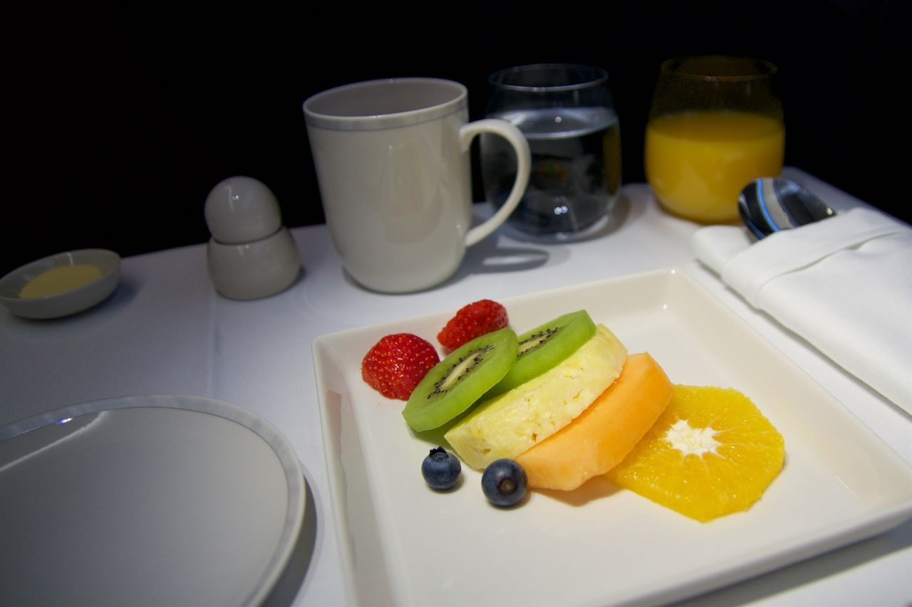 fruit plate airline meal