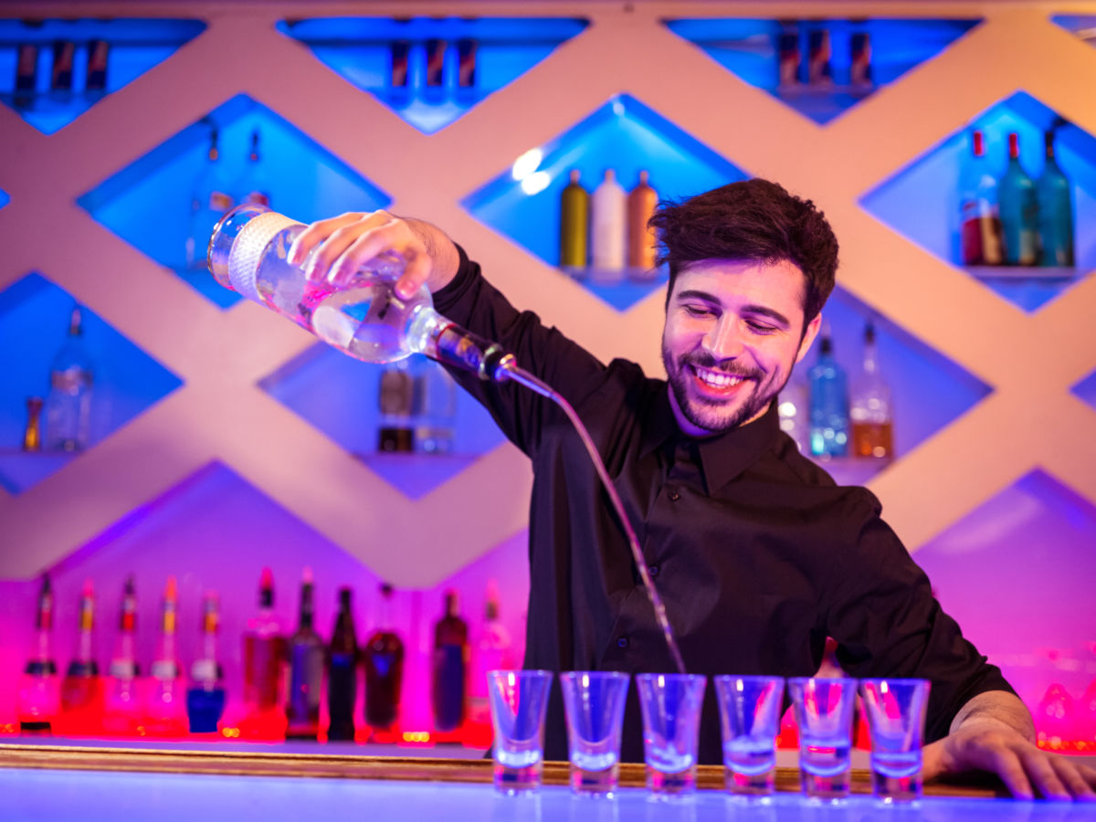8 things you'll never hear a bartender say
