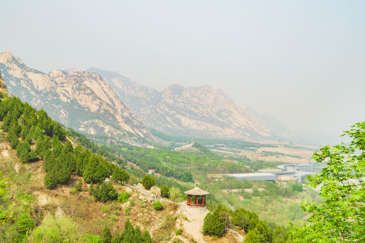 Beijing Fenghuangling Natural Scenery Point Spring Scenery