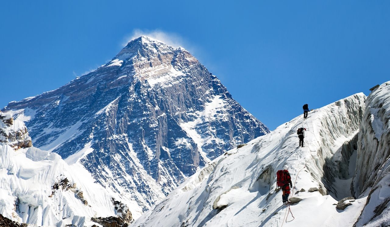 Everest climbers carry own waste