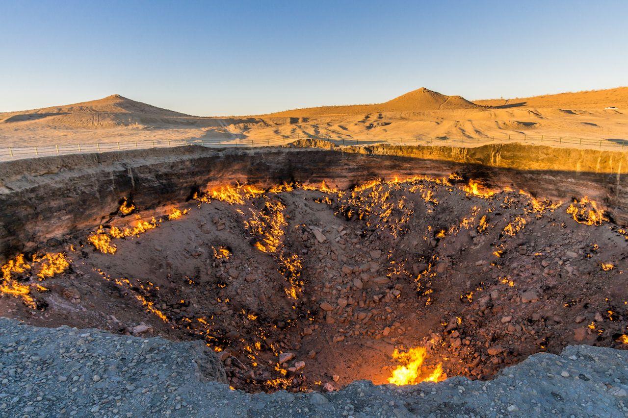 Darvaza Gas Crater, Derweze, Turkmenistan