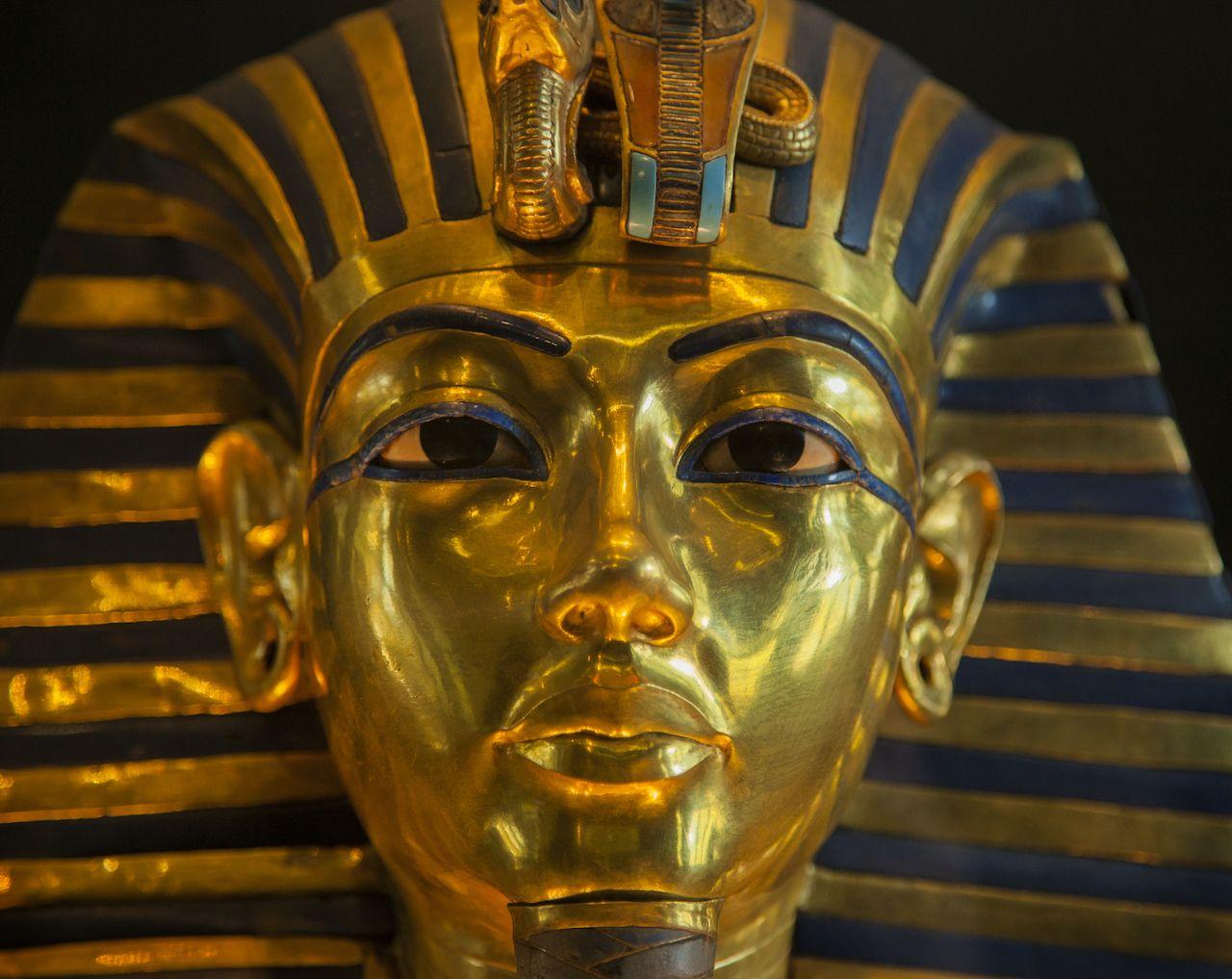 King Tutankhamun exhibit in Paris