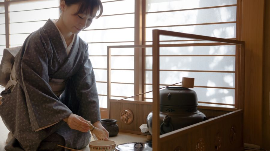 Omotenashi: 5 ways to tap into traditional Japanese hospitality on your trip