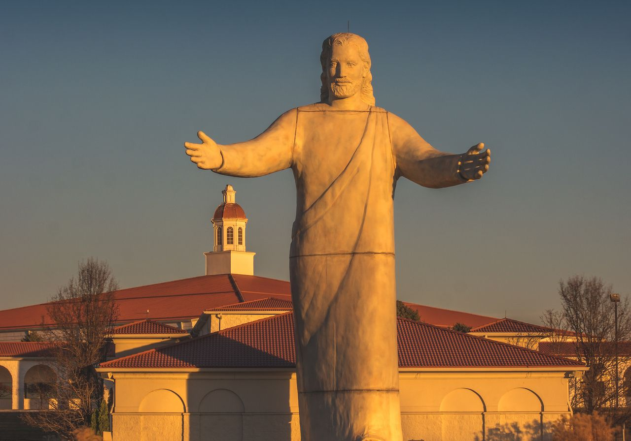Large Jesus Christ Statue in Ohio