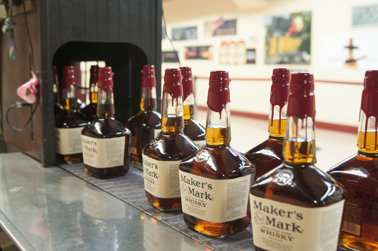 Maker's Mark dipping line