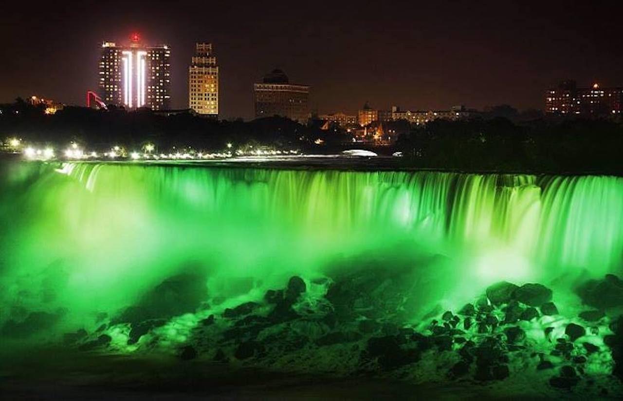 Niagara Falls going green