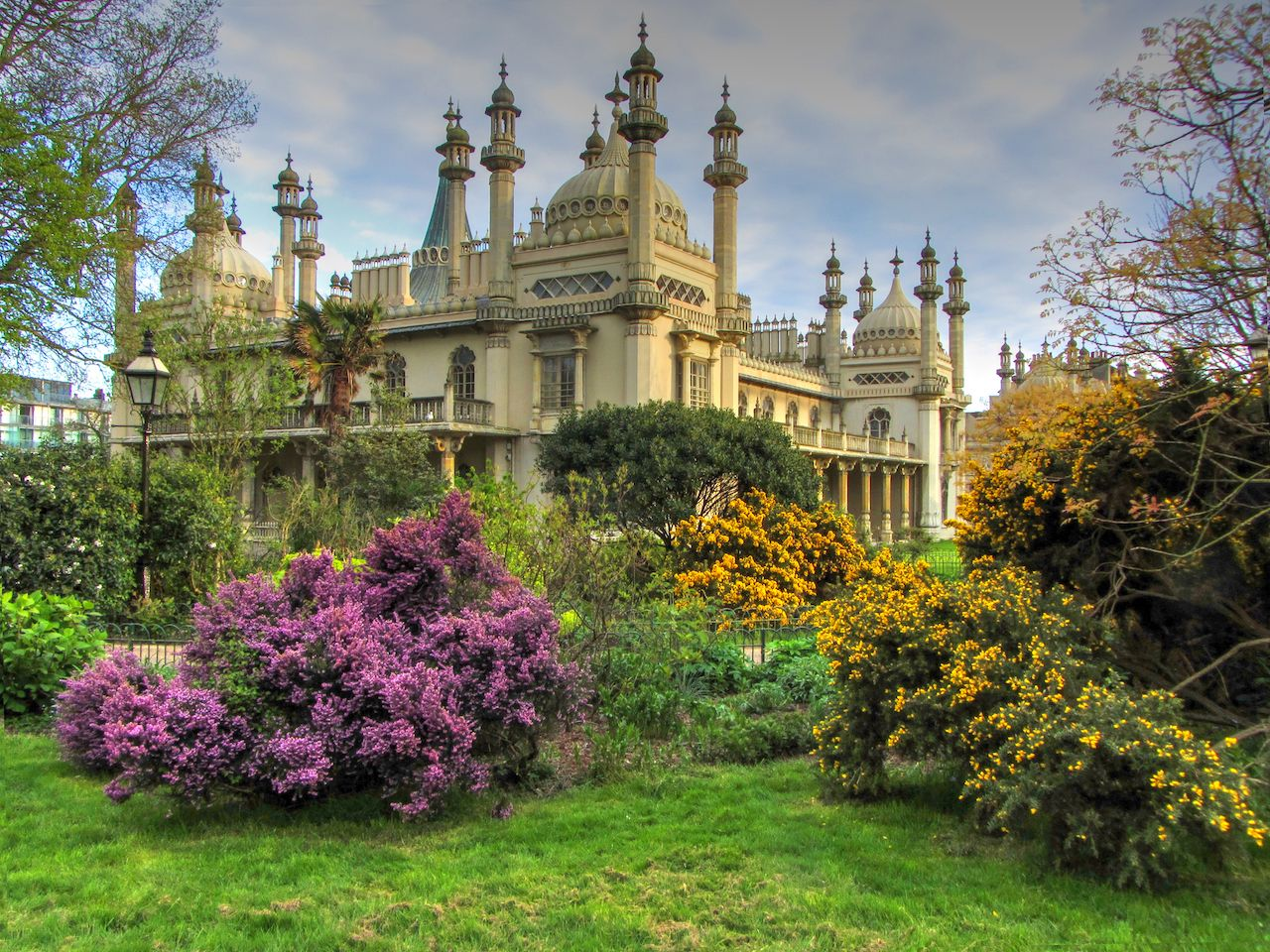 Royal Pavilion and Gardens, Brighton
