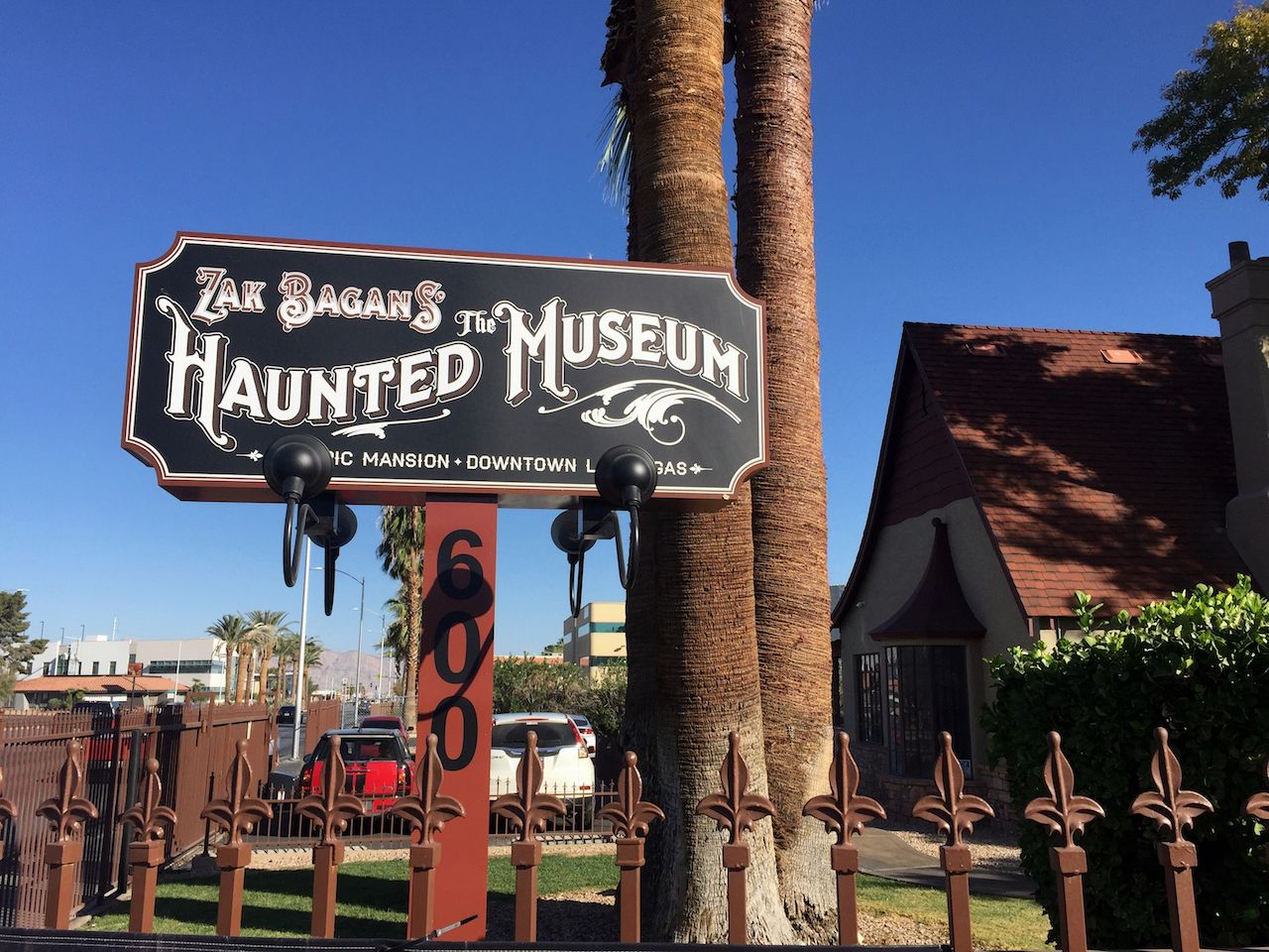 Zak Bagan's The Haunted Entrance Sign Museum