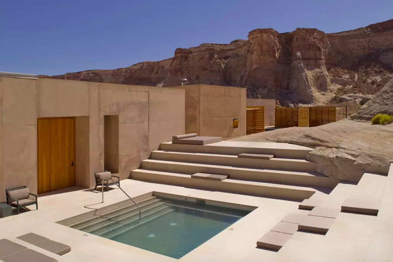 Amangiri hotel outdoor hot tub