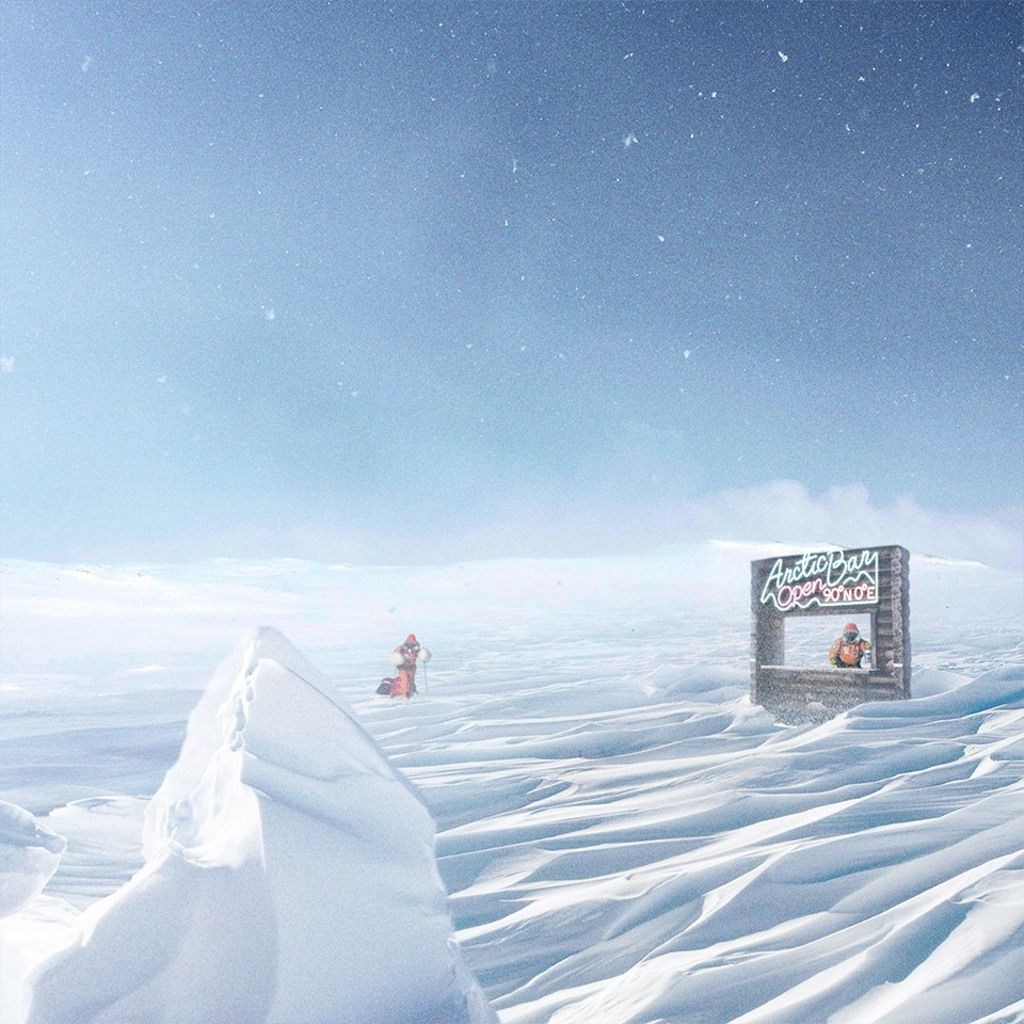 Free gin giveaway in the North Pole