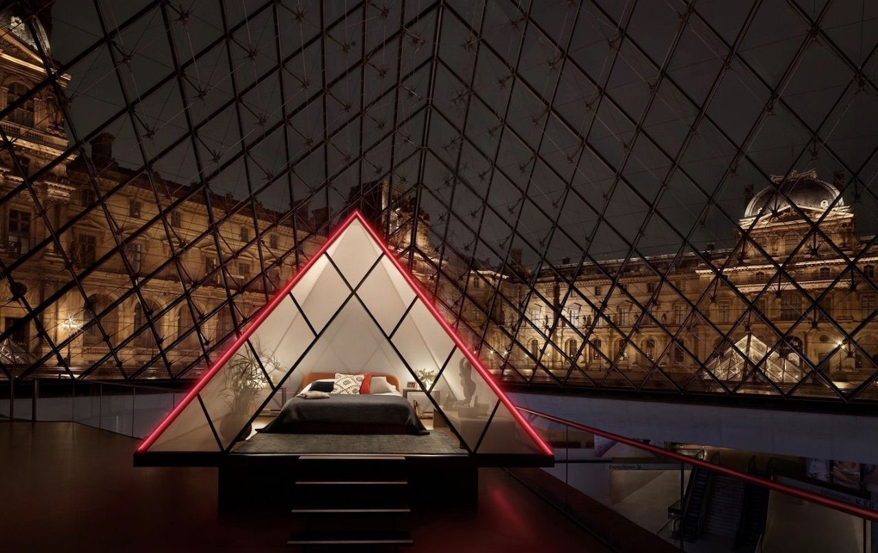 Airbnb contest to stay at Louvre