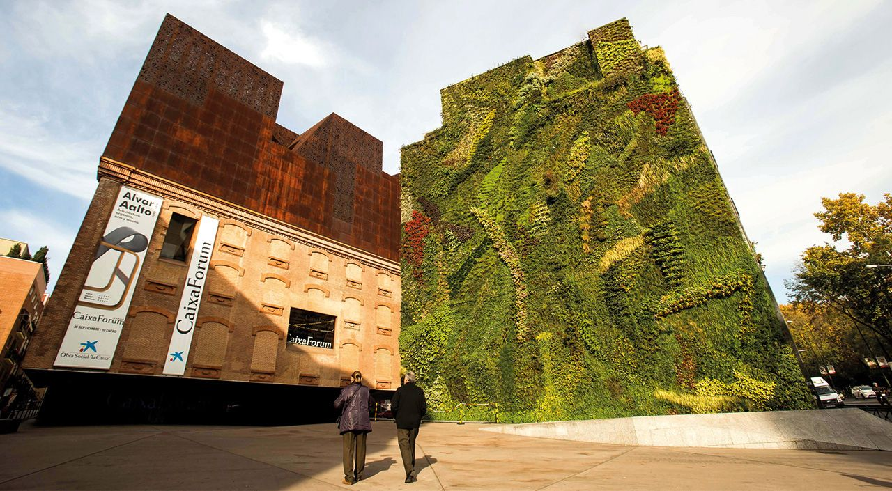 Giant green wall in Madrid