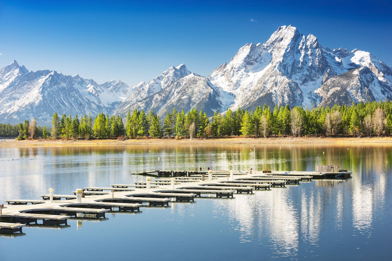 Living near national parks healthy